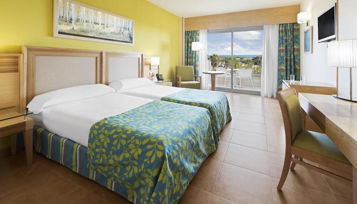 OFERTA :: Hotel Elba Costa Ballena Beach & Thalasso Resort 4**** :: 1 Noche :: Precio 2 Personas :: Alojamiento y Media en Pensión :: Servicio Buffet :: Acceso al Thalasso SPA ::